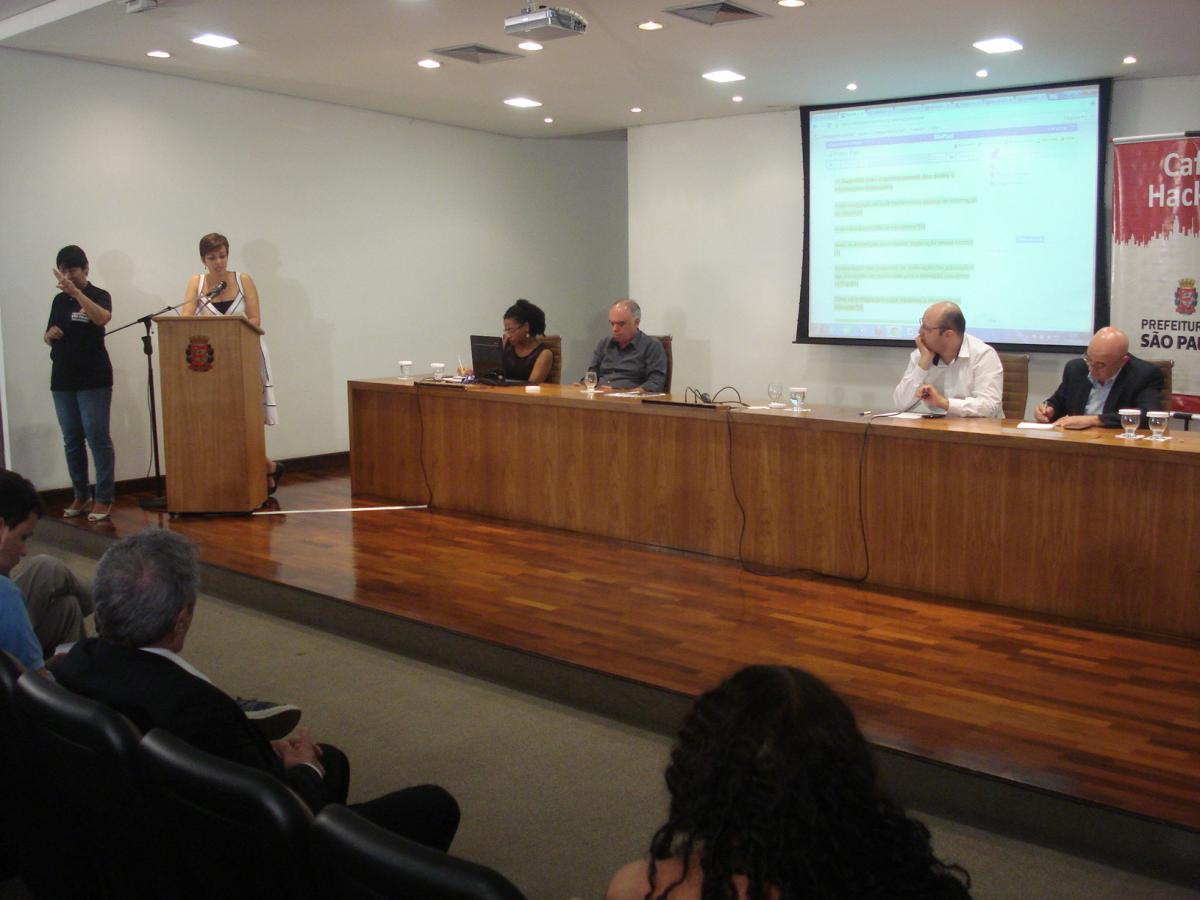 Prefeitura recebe sugestões para aprimorar transparência sobre ações da Copa