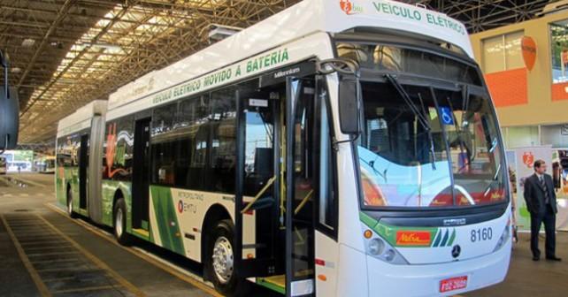 Ônibus 100% elétrico começa a operar em SP