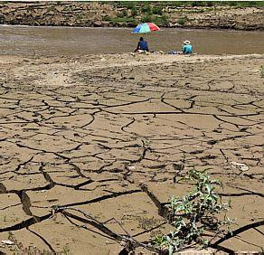 Pior seca em 50 anos muda vida da população às margens do Cantareira