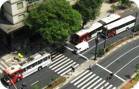 SPTrans planeja construir 215 km de corredores de ônibus até 2016
