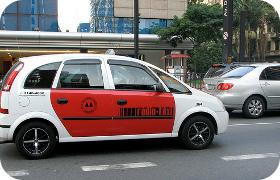 Prefeitura de SP vai limitar táxi em corredor
