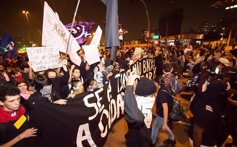 Governo busca alternativa à criminalização de movimentos