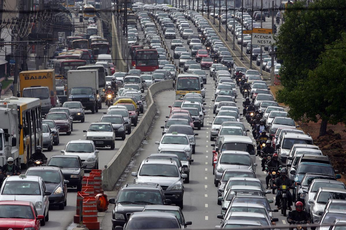 Viagens individuais crescem mais que em transporte coletivo
