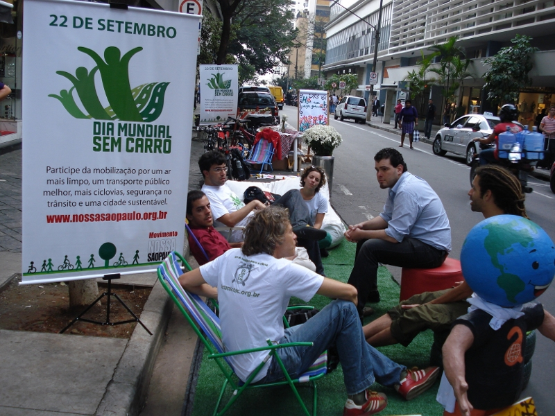 São Paulo poderá ter mais espaços de convivência no lugar de carros