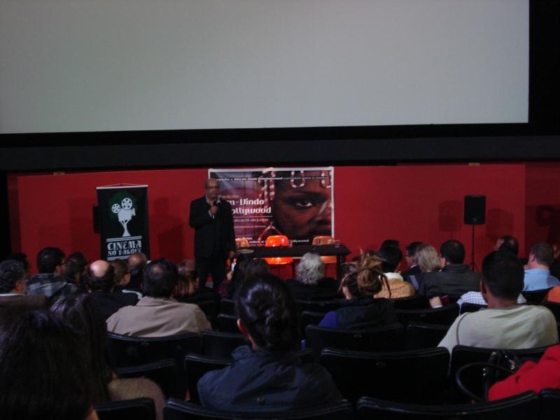 Programa Cinema no Parque é lançado com filme e debate sobre o problema do lixo