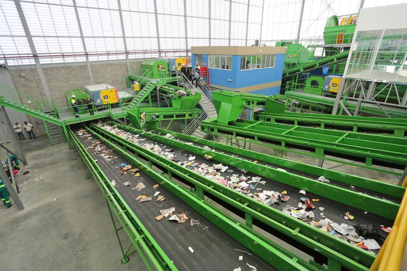 Cidade ganha segunda central mecanizada de triagem de resíduos sólidos