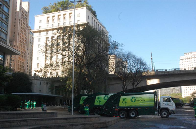 Coleta seletiva de lixo é ampliada para mais dez distritos da cidade