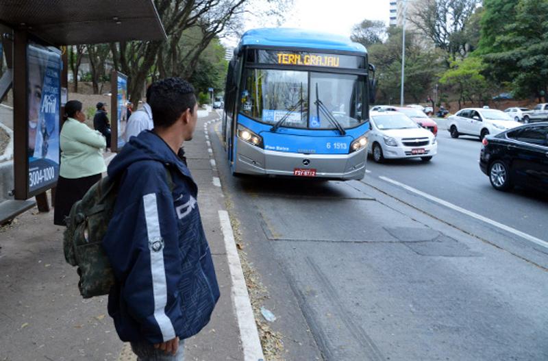 Novos corredores de ônibus serão liberados, diz presidente do TCM