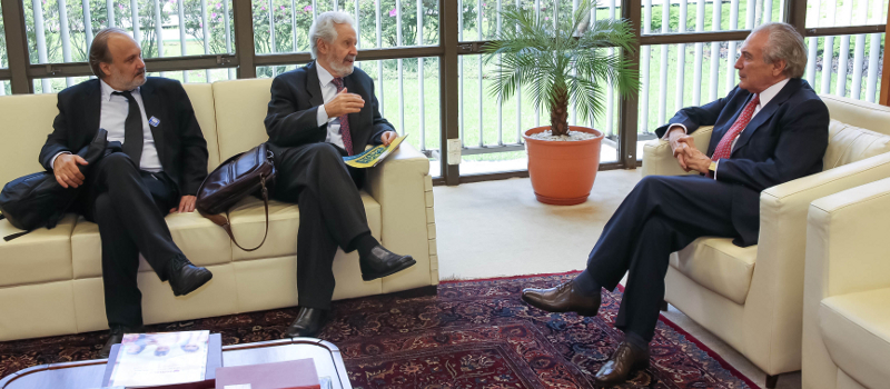 Michel Temer e líderes da Câmara declaram apoio à votação da PEC do Plano de Metas