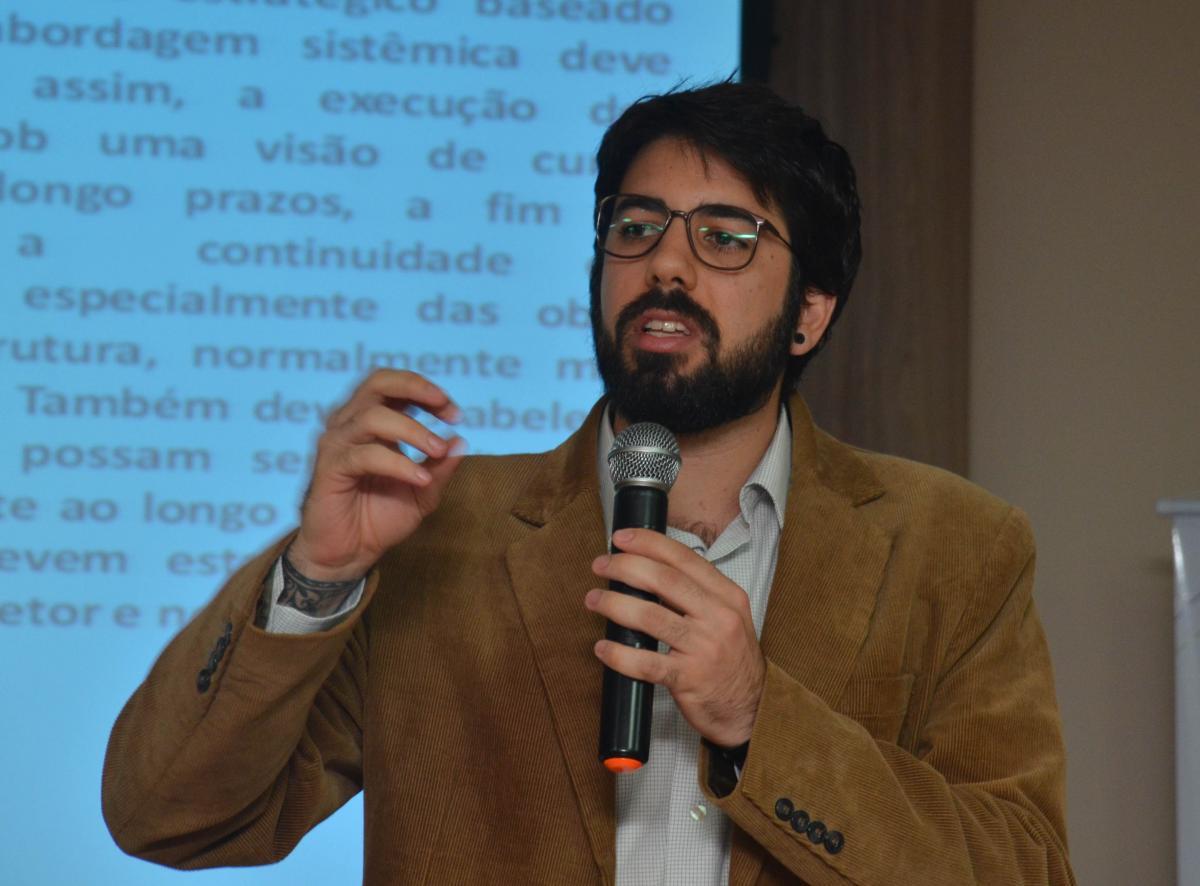 Frente Parlamentar de Democracia Direta elege representante da sociedade civil