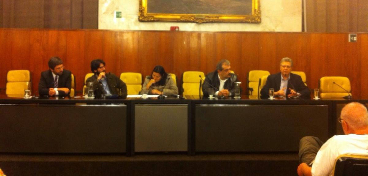 Democracia direta: seminário e eleição da Frente Parlamentar