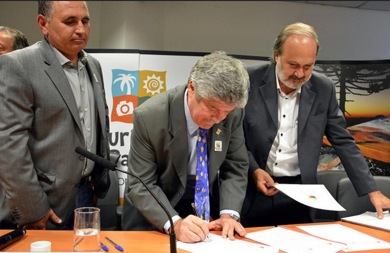 Associação das Prefeituras das Cidades Estâncias de SP assina termo de cooperação com PCS