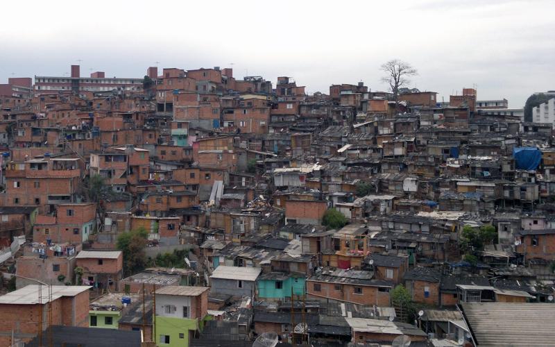 Das oito subprefeituras com maior número de casas em favelas, 5 estão na zona sul