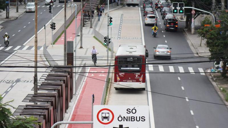 Avança consenso em São Paulo sobre prioridade para transporte coletivo, pedestres e ciclistas