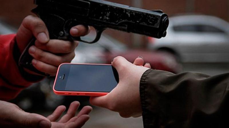SP bate recorde de roubos, com 896 casos por dia; 63% envolvem celulares