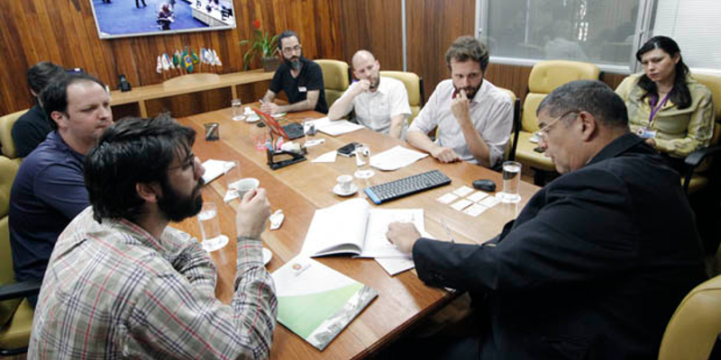 Presidência da Câmara e representantes do meio ambiente debatem PL 300