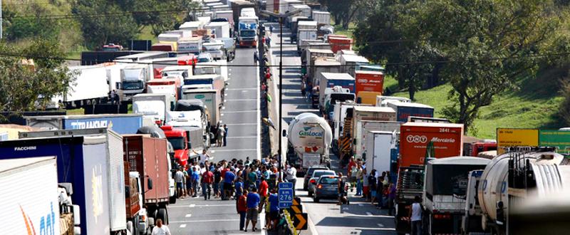 Ônibus e caminhões são 5% da frota, mas respondem por metade da poluição