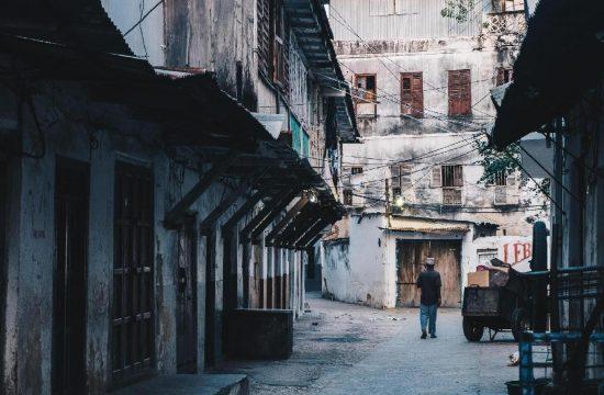 Dados das capitais brasileiras mostram a relação entre Covid-19 e desigualdade